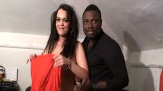 Jeune couple interracial amateur